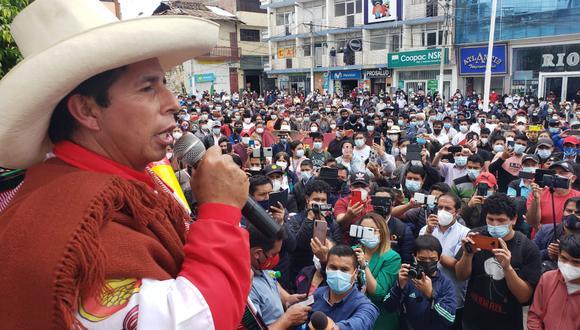Pedro Castillo se dirigió a decenas de personas. (Foto cortesía: Tamara Uriarte)