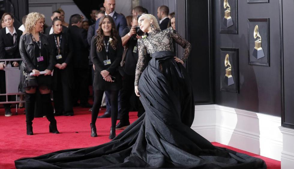 Lady Gaga en la alfombra roja de los Grammy 2018. (Foto: AP)