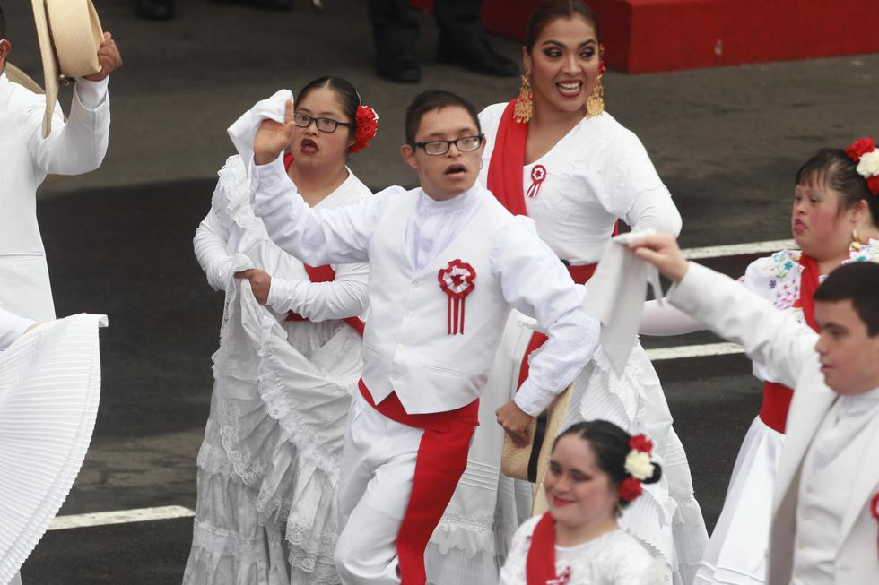 Jóvenes con Síndrome de Down se robaron la atención del presidente Martín Vizcarra. (Perú21/Renzo Salazar)