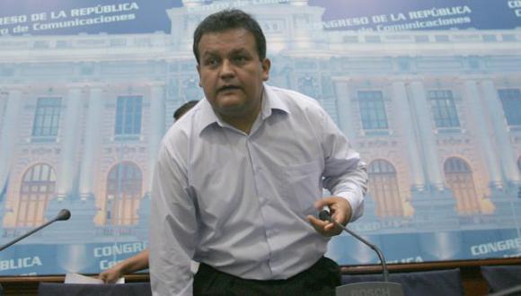 José Urquizo asegura que fue él quien pidió que se le separe de la bancada de Gana Perú. (Perú21)