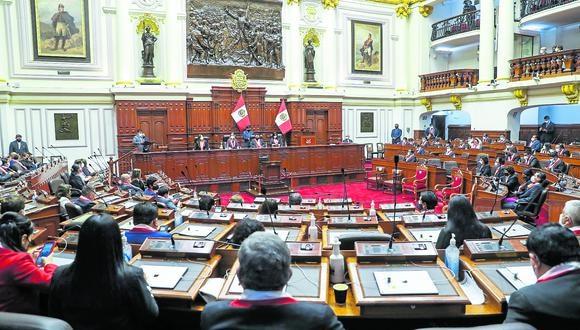 Última palabra. Bancadas tienen un mes para definir su posición respecto a los nuevos ministros.(Foto: GEC)