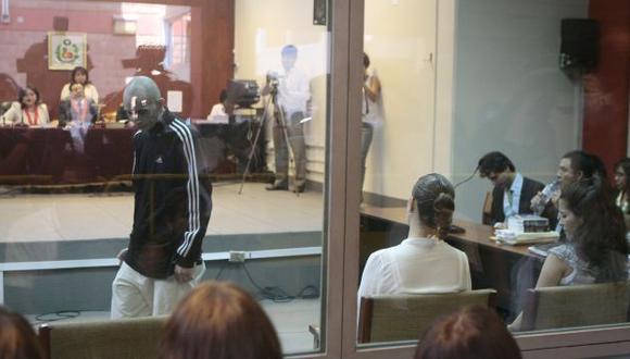 EL COLMO. Alejandro Trujillo Ospina aprovechó la atención de jueces para presentar sus 'reclamos'. (Rafael Cornejo)