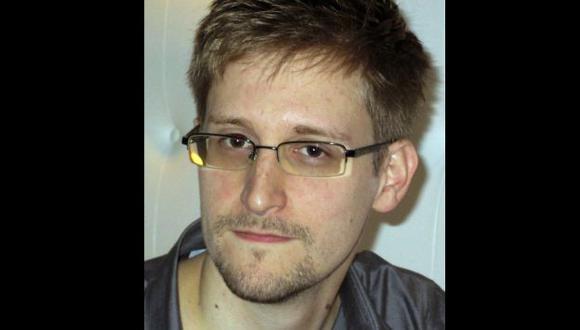 DA LA CARA. Edward Snowden (29) se encuentra en Hong Kong. (Reuters)