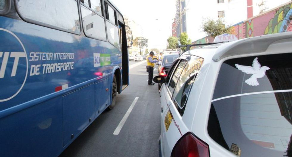 El operativo fue realizado por la Municipalidad Metropolitana de Lima en la avenida Garcilaso de la Vega, la misma que forma parte del Corredor Azul. (Difusión)