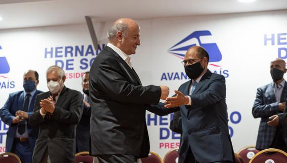 Hernando de Soto lamentó el fallecimiento de Pedro Cenas, presidente de Avanza País (GEC).
