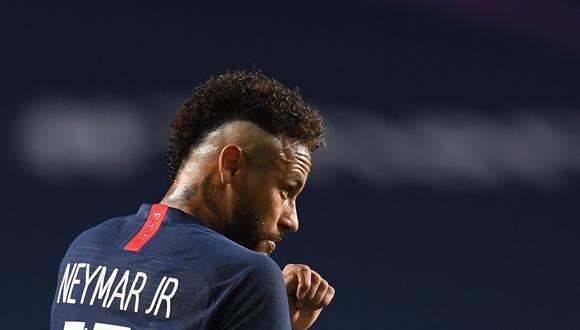 La respuesta de Neymar a Álvaro González en Twitter. (Foto: AFP)