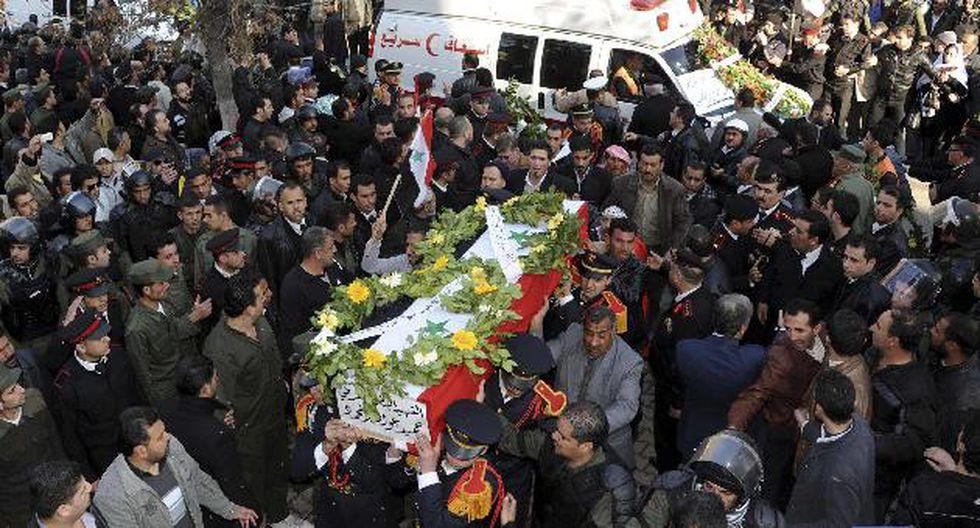 Hoy se celebraron en Damasco los funerales de las víctimas del atentado de ayer. (Reuters)