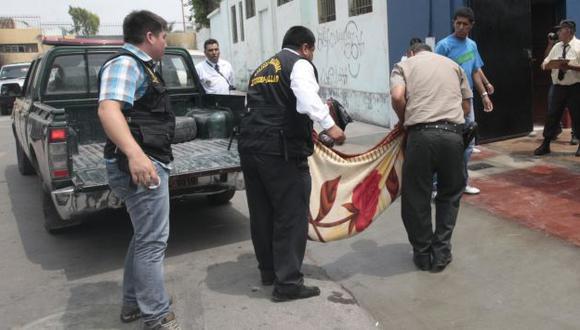 Mujer envenena a sus cuatro hijos y luego se suicida en Puno. (USI/Referencial)