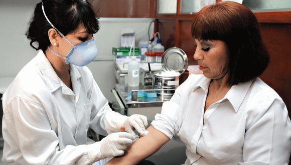 """Recuerda que la hepatitis puede ser causada por virus y bacterias. Es contagiosa incluso por transmisión sexual"""". (USI)"""