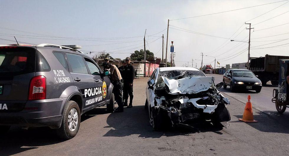 El accidente automovilístico se produjo en el kilómetro 465 de la carretera Panamericana Norte. (Foto: Andina/Referencial)