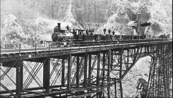 Por 66 años, los ferrocarriles pasaron a manos de los bonistas. Estos, a su vez, debían completar algunas vías.