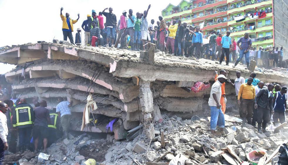 Al menos dos muertos al derrumbarse un edificio de seis plantas en Nairobi. (Foto: AFP)