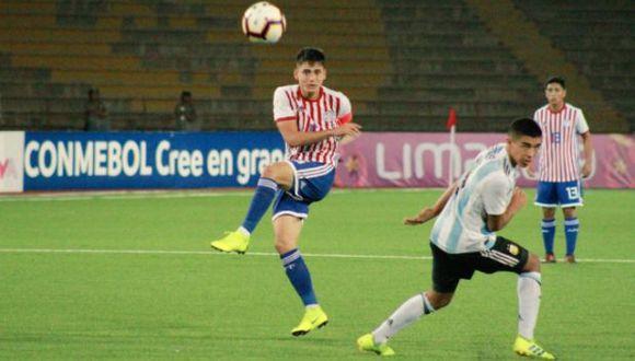 En la tercera jornada del grupo A del Sudamericano Sub 17, Argentina y Paraguay empataron 2-2 en el estadio San Marcos. Ahora buscan un cupo para el Mundial. (@Albirroja)