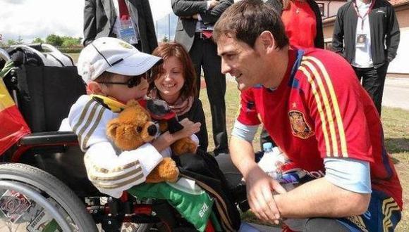 (Facebook/Iker Casillas)