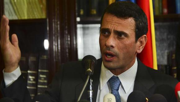 LO ACORRALAN. Tras su visita a Bogotá, el chavismo empezó a ejercer presión en el extranjero. (AFP)