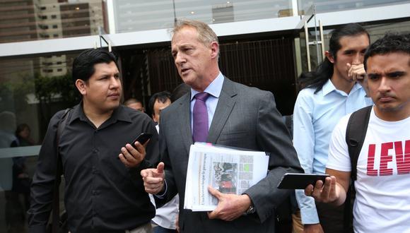 Jorge Muñoz también le pidió a Jara informar cuál es el plan para eliminar las combis de Lima y Callao en un plazo de un año y medio. (Foto: GEC)