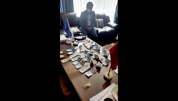 Cusco: La PNP y el MP hallaron una fuerte cantidad de dinero en la oficina del burgomaestre investigado. (Foto: PNP)