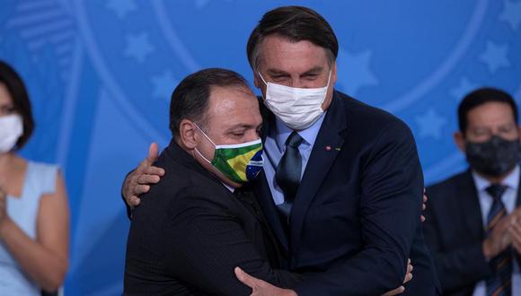 Jair Bolsonaro juramentó  al general Eduardo Pazuello  como ministro de Salud. (Foto:  EFE/ Joédson Alves)