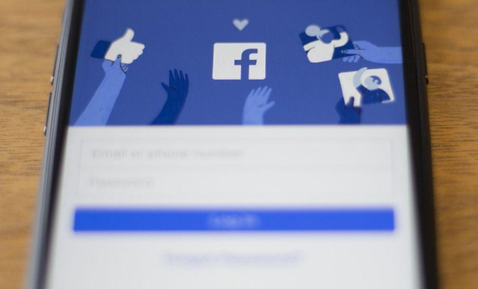 Desde 2015, Facebook permite que Messenger transcriba los audios de sus usuarios. (Foto: AFP)