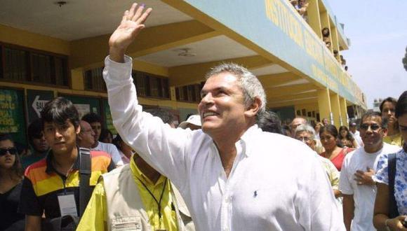 Limeños votarían por Luis Castañeda si mañana se realizaran las elecciones municipales. (Difusión)