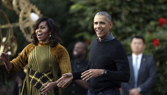 """La ex primera dama está actualmente de gira por el país promocionando sus memorias, """"Becoming"""", y participó en una conversación moderada por la ex asesora de la Casa Blanca de Obama, Valerie Jarrett. (Foto: AP)"""