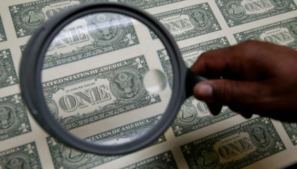 El dólar cerró al alza el lunes. (Foto: Reuters)
