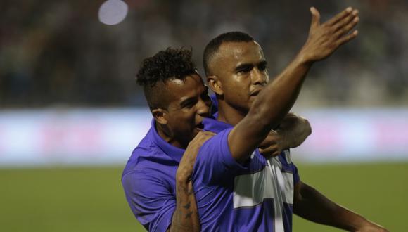 ¡ALLÁ VAMOS! Luis Trujillo anotó el gol del triunfo de los íntimos. Alianza se acerca a Garcilaso. (César Fajardo)