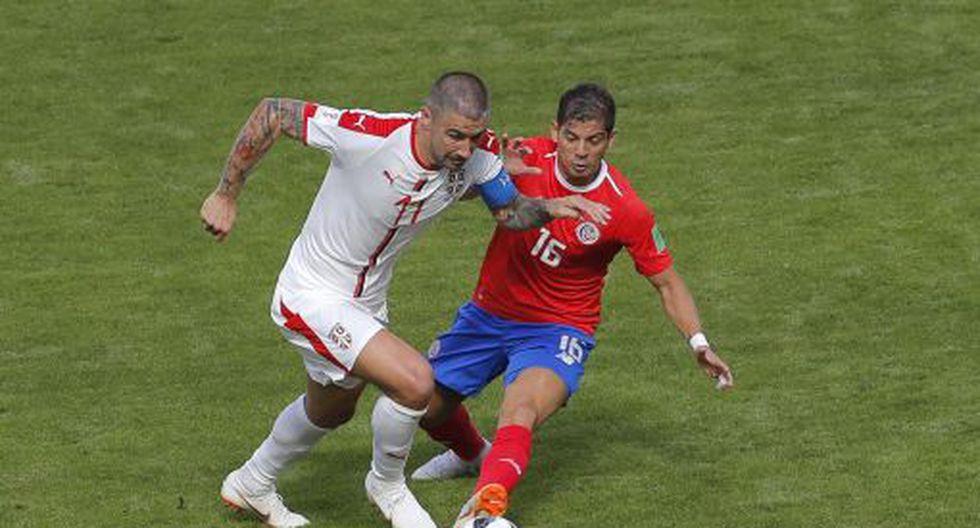 Aleksandar Kolarov (56') anotó la ventaja para Serbia. (AFP)