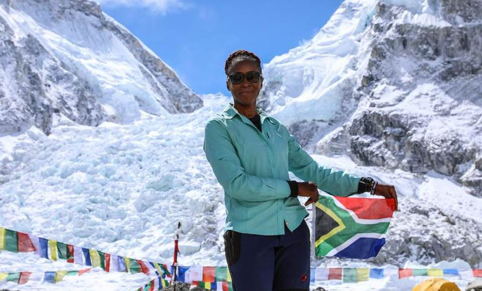 Este era el cuarto intento de ascenso al Everest para Khumalo, una ejecutiva residente en Johannesburgo. (Foto: Twitter/@GovernmentZA)