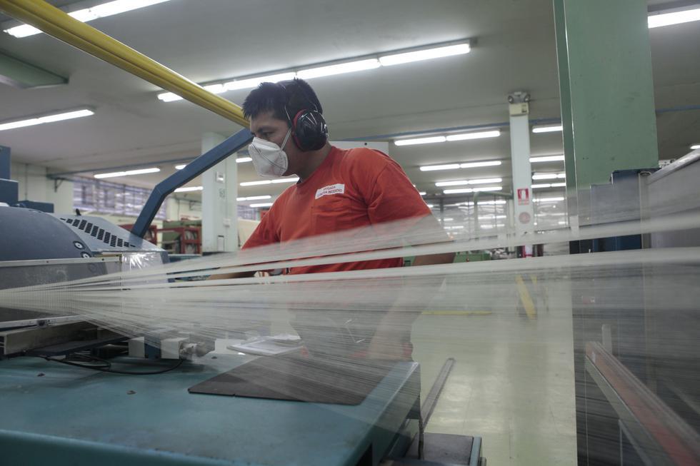 El subsector fabril no primario comprende la manufactura, construcción y servicios. (Foto: USI)
