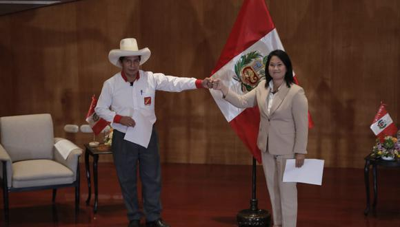 Candidatos presidenciales Pedro Castillo (Perú Libre) y Keiko Fujimori (Fuerza Popular). (Renzo Salazar/GEC).