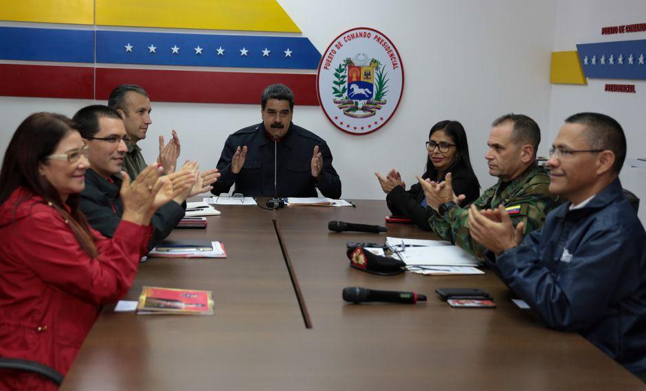 El chavismo habría obtenido la victoria en 17 de las 22 gobernaciones contabilizadas por la autoridad electoral (Reuters).