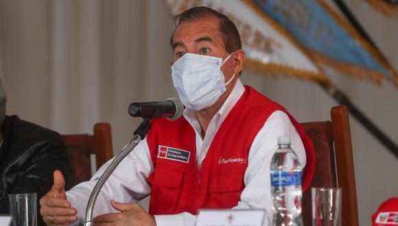 Martos agradeció a las autoridades ediles y regional por poner por encima de su ideología el bienestar del pueblo peruano.  (Foto: PCM)