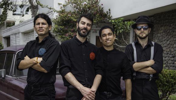 La banda inició su trayectoria tocando en plazas de Barranco (Le Miner Swing).