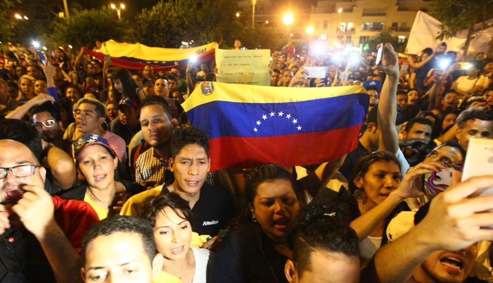 Los venezolanos se concentraron en el parque Kennedy para manifestarse contra el régimen de Nicolás Maduro. (Foto: GEC / Miguel Bellido)