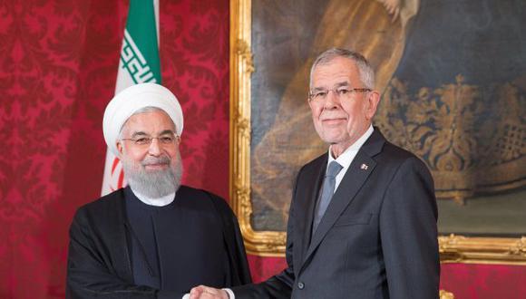 """El presidente de Irán, Hasán Rohaní, dijo esta semana durante una visita a Viena que su país se mantendrá """"por ahora"""" en el acuerdo. (Foto: EFE)"""