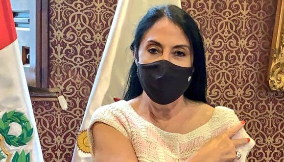 Excanciller Elizabeth Astete Rodríguez también aseguró que con su vacunación no se buscó favorecer de manera indebida al laboratorio chino Sinopharm. (Foto: Cancillería)