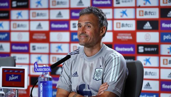Luis Enrique señaló que es un líder para España, pero desde fuera del campo. (Foto: EFE)