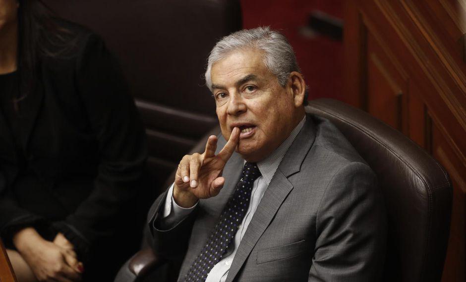 César Villanueva (César Campos)