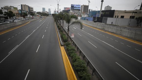 Este 25 de diciembre permanece cerrado los accesos a vías de la capital. (Foto: Britanie Arroyo/ @photo.gec)