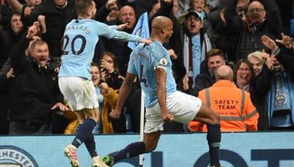 Vincent Kompany le dio la victoria a Manchester City sobre Leicester City. (Foto: Premier League)