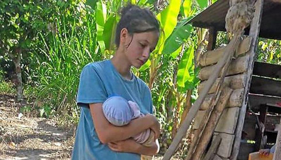 Patricia Aguilar en una imagen del 2018, cuando fue encontrada en la selva del Perú junto a su bebé recién nacida. (EFE).