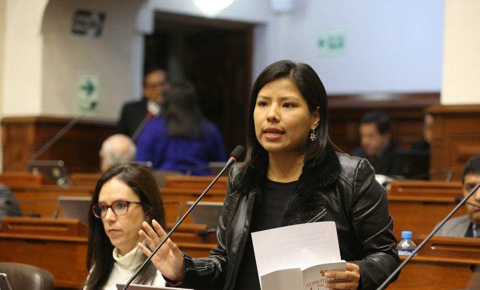 La congresista Indira Huilca, como portavoz de la agrupación, presentó un oficio solicitando una aclaración. (Foto: Congreso)