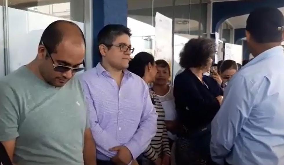 José Domingo Pérez acudió a votar en Miraflores.