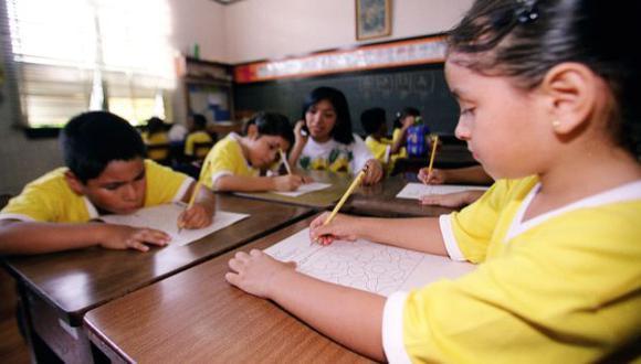 HACIA ARRIBA. La tendencia anual es hacia el encarecimiento de la educación privada. (USI)