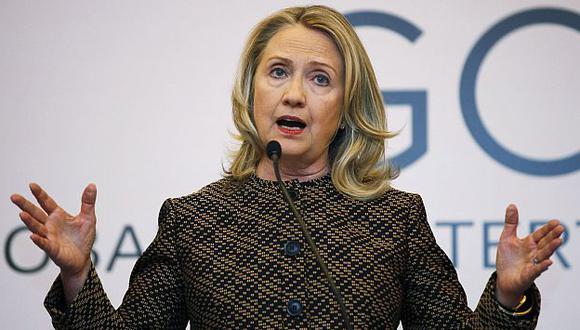 Clinton considera que Rusia juega un rol importante en la búsqueda de una solución.  (Reuters)