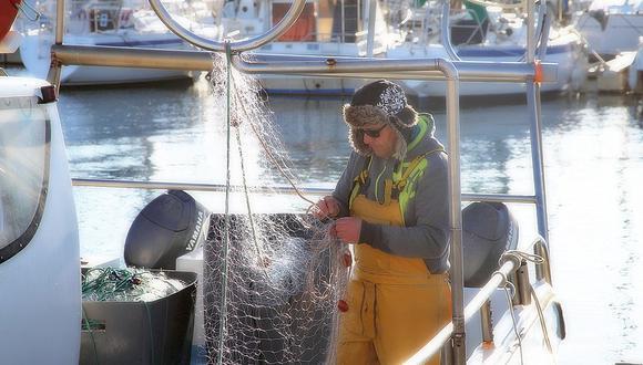 El nylon es la materia prima de las redes de pescar. (Foto: Pixabay)