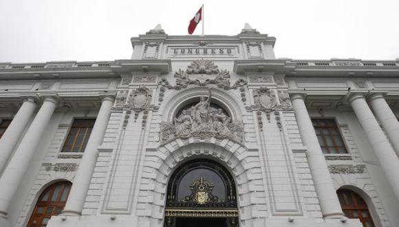 Pleno del Congreso modificó las normas electorales referidas a los movimiento locales y distritales.