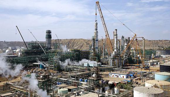 La Contraloría identificó retrasos en las obras de modernización de la refinería de Talara.(Foto: GEC)
