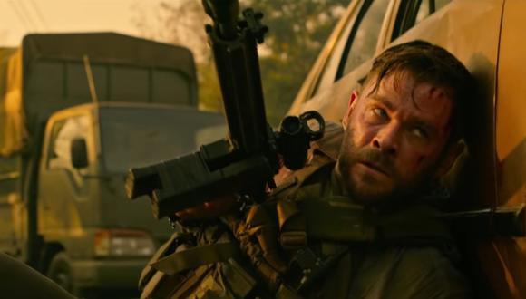 Tyler Rake tiene la misión de rescatar a Ovi Mahajan, secuestrado por enemigos de su padre, quien es un capo de la droga (Foto: Netflix)